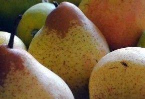 फलों के बीज से सावधान रहें