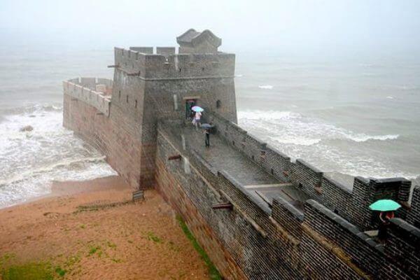 जहां महान चीनी दीवार शुरू होती है
